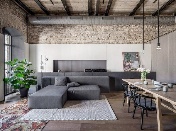 Modern Eclectic Apartment In A Historical Host Building