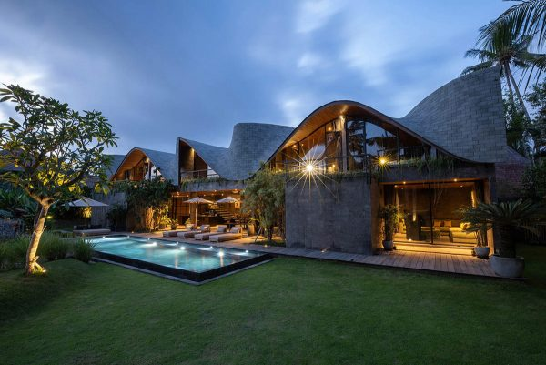 Lush Balinese Villas That Show Off The Beauty Of Tropical Living