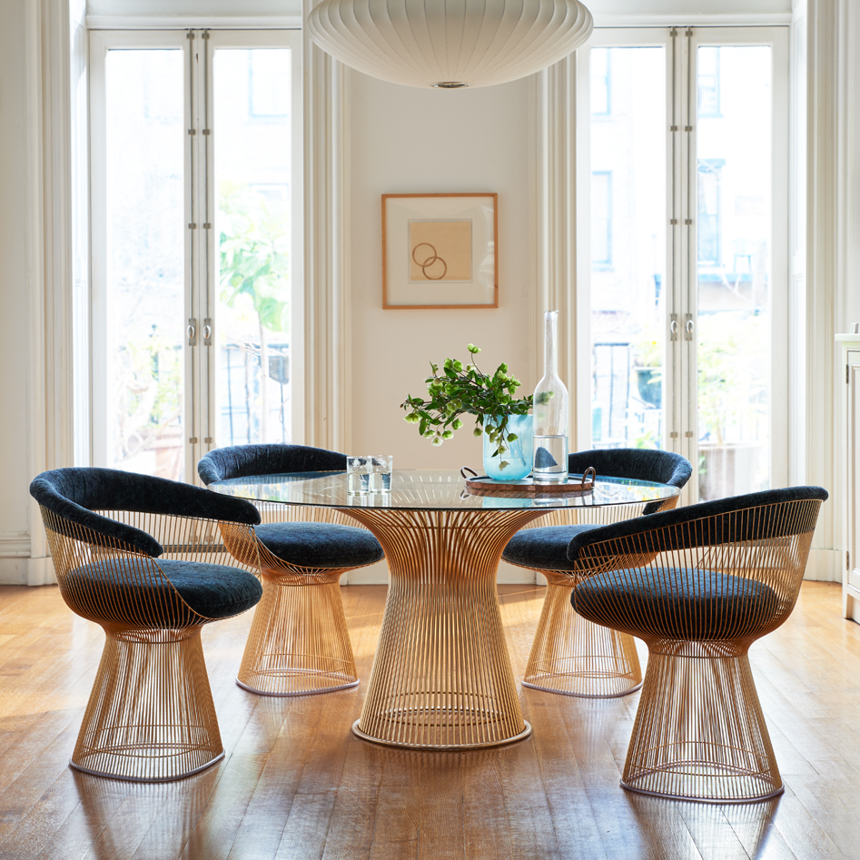 9 Pedestal Dining Tables that Offer Maximum Style and Chair Space
