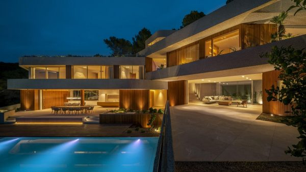 A Modern House On A Slope In Spain [Video]