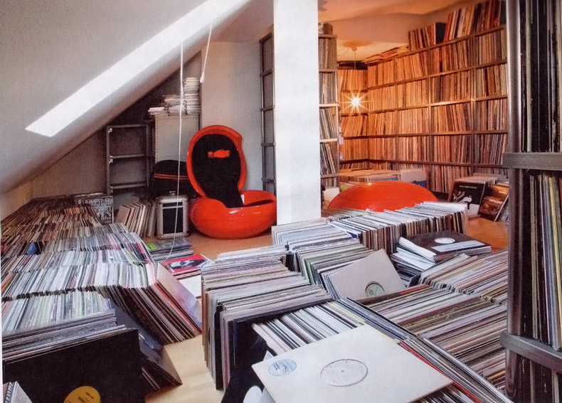 Workspaces Of Djs And Music Freaks