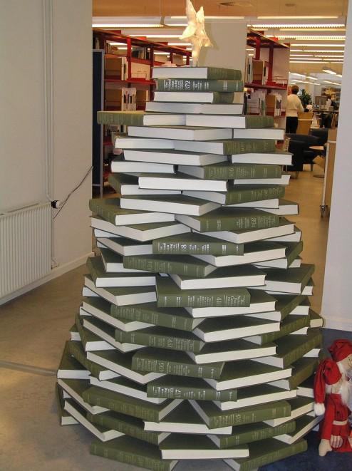Buch-Weihnachtsbaum