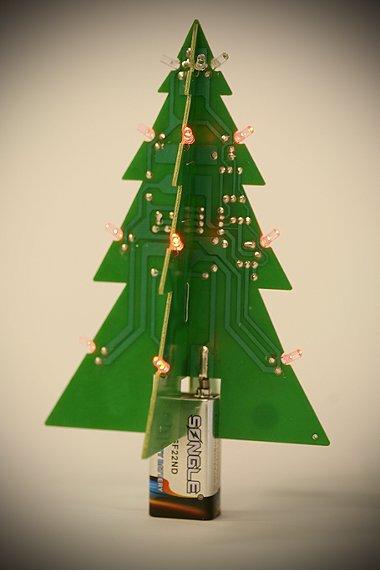 motherboard-christmas-tree