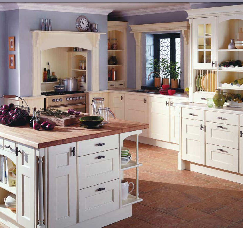 English country style kitchens for Small white country kitchen
