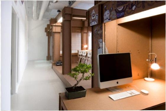Karton-computer-Schreibtisch