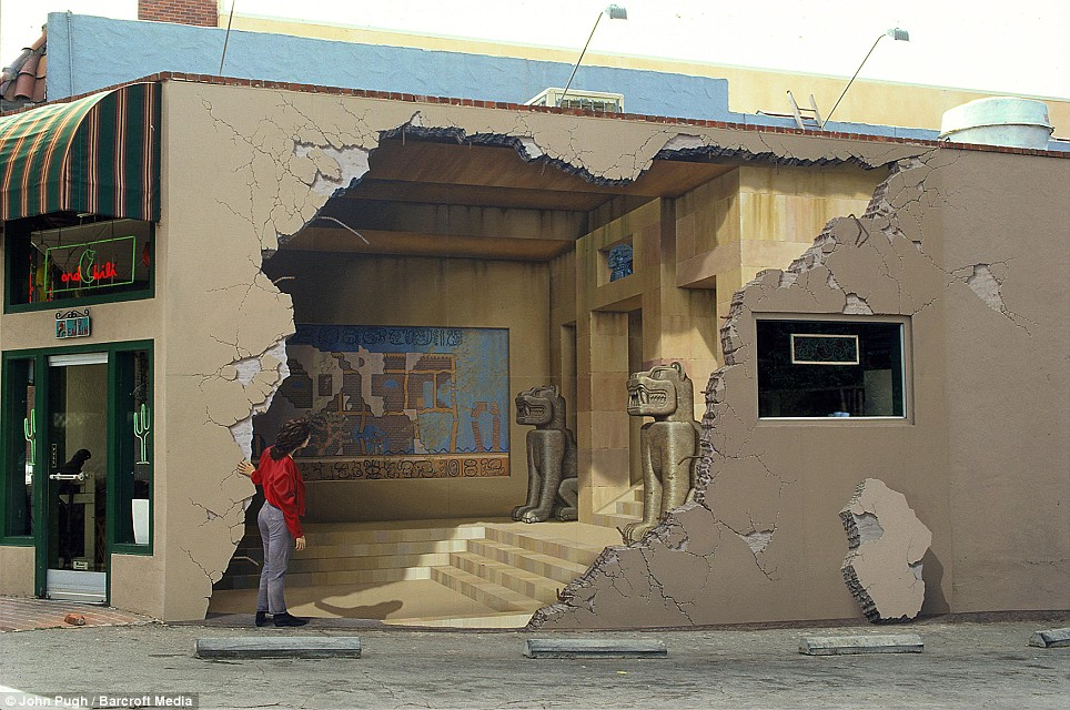 Amazing 3d murals by john pugh