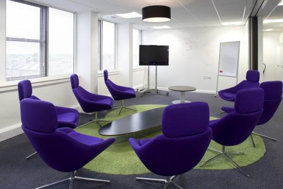 creative light meeting room