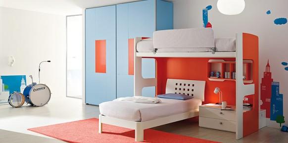 blau-orange-Bett-Zimmer