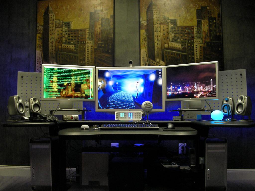 Home Office Dual Desk Setup: Awesome Mac Workplaces