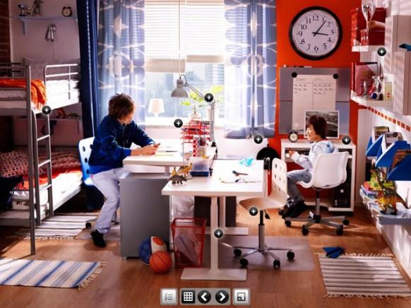 Zimmer mit Studie Tisch