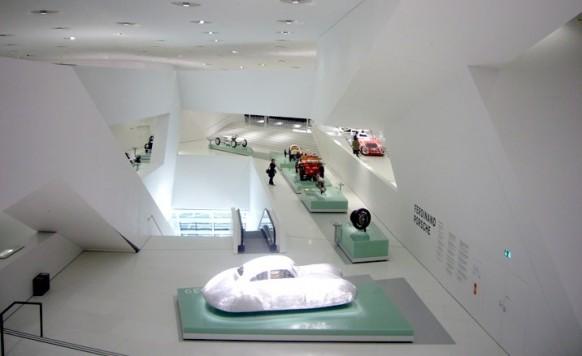 porsche-museum, Innenansicht