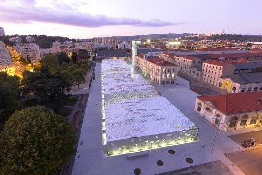 Solar powered design Center - Tag