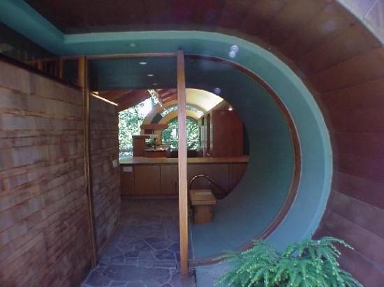Baum-Haus-Eingang