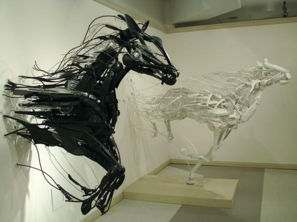 EmergenceConv Pferde
