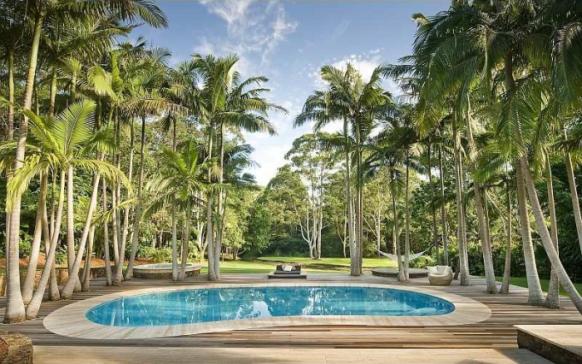 wunderschöne aussehende pool