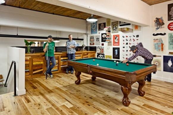 snooker-Tisch im Büro