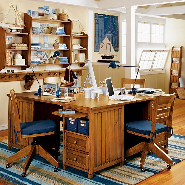 Wooden Study Room: Kids Study Room Furniture