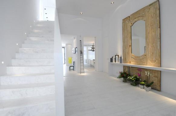 2 schöne weiße Haus Interieur