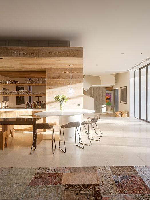 3 Holz-Möbel