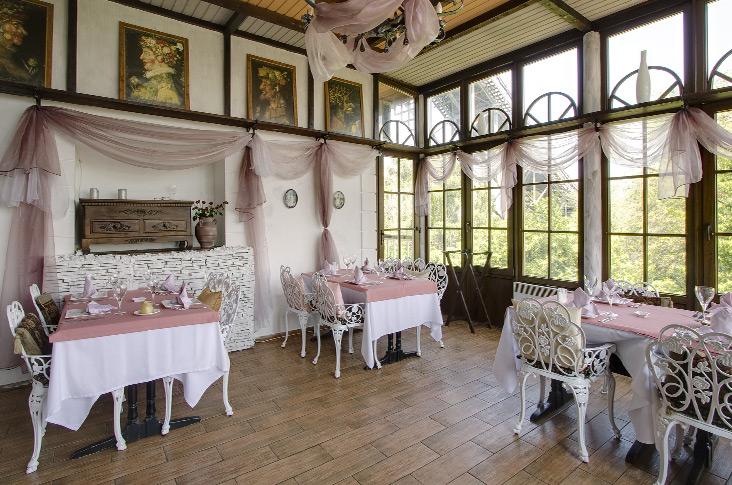 28 Simple Dining Room Ideas For A Stunning Inspiration: 22 Inspirational Restaurant Interior Designs