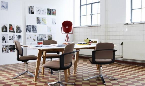 skandinavische Küche-Tisch