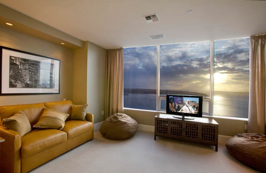 seattle penthouse with panoramic views to die for. Black Bedroom Furniture Sets. Home Design Ideas
