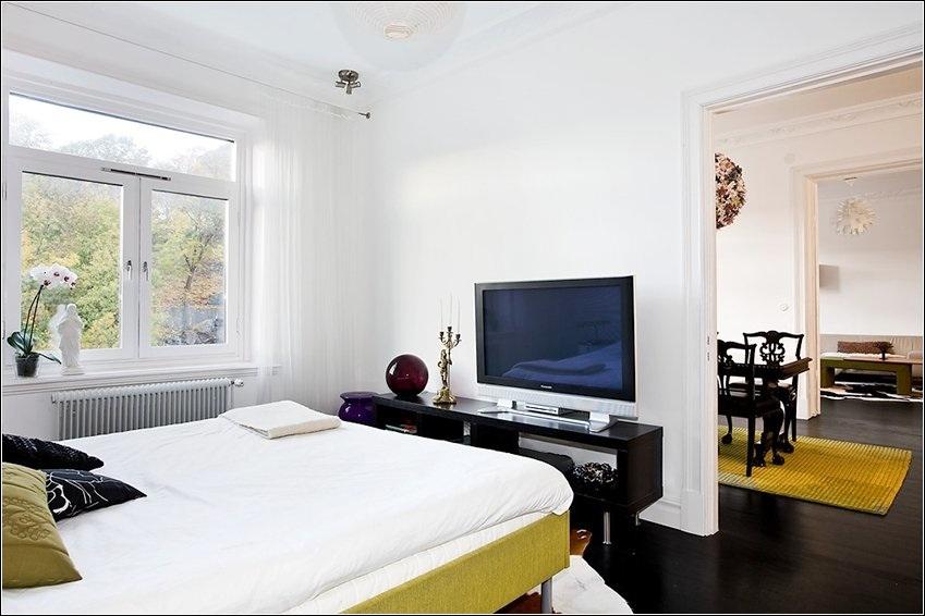 Techy bedroom