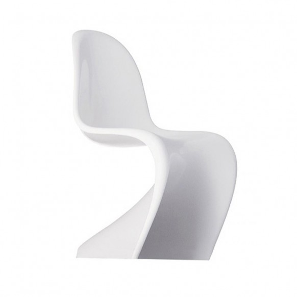 Panton Created The First Single Form Injection Molded Plastic Chair And Went On To Design S For Demand Of Its Eye Catching Curves