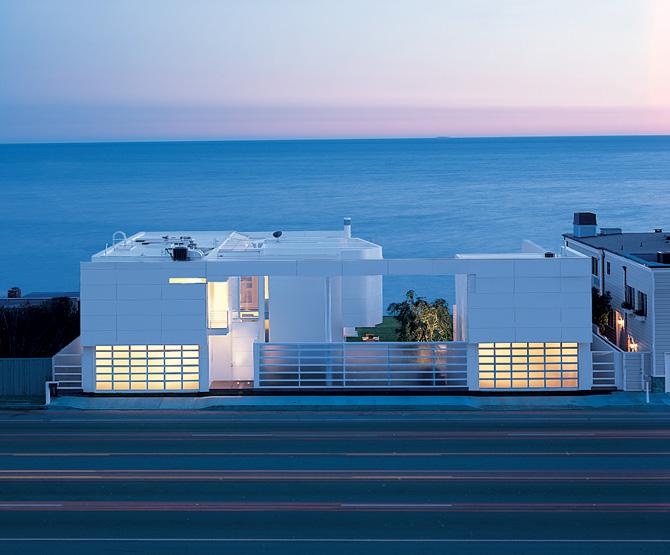 Beachfront house in california