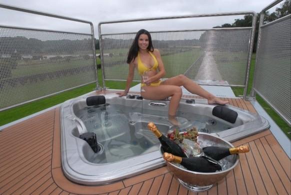 Luxus Wohnwagen Whirlpool