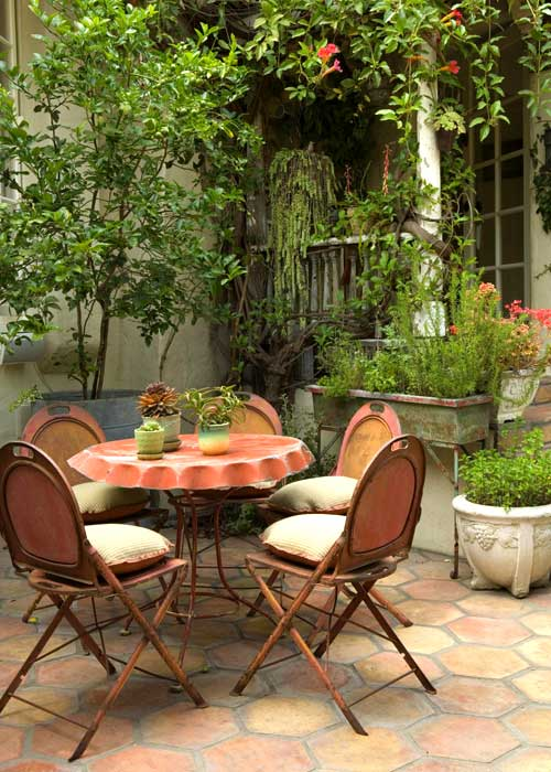 Creating Outdoor Spaces for Country Living on Uncovered Patio Ideas id=31800