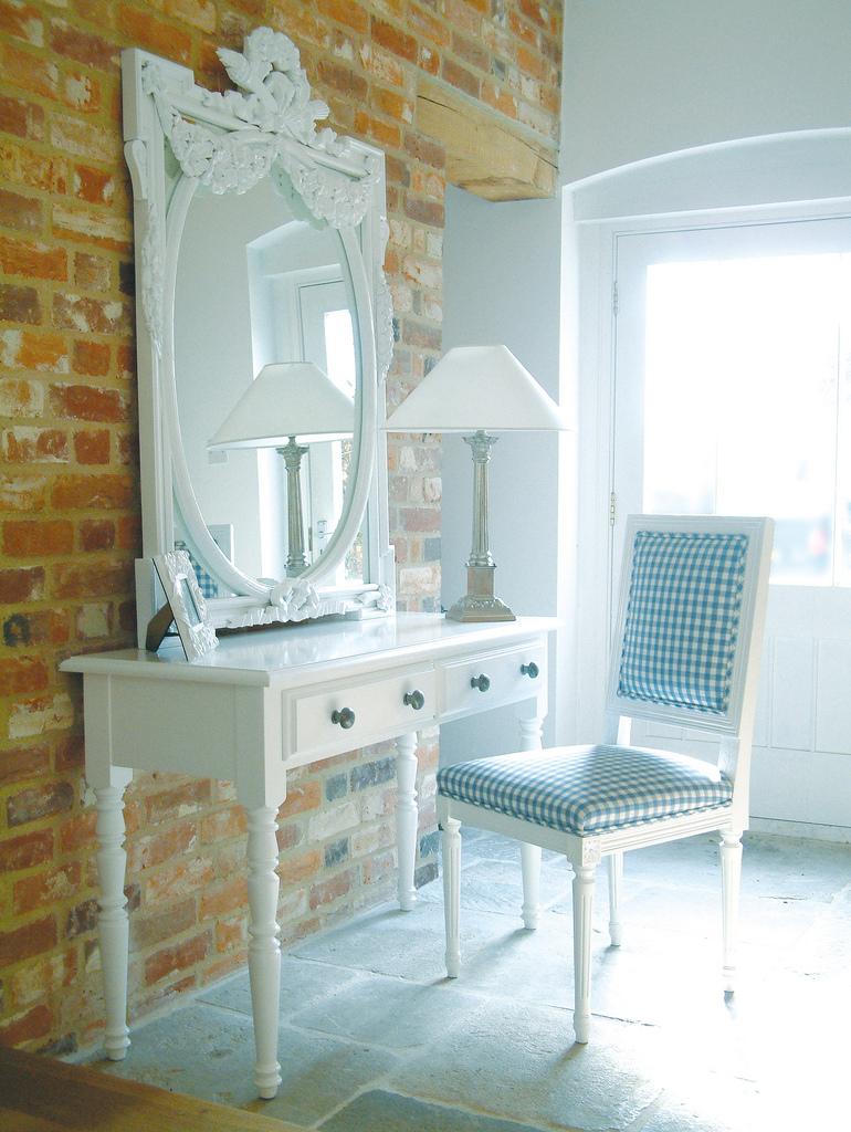 White Room Design: Decorating In White: Gorgeous White Interior Design