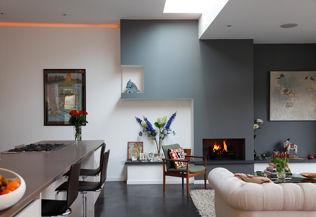 Viewerall a modern eclectic house tour - Accent colors for gray living room ...
