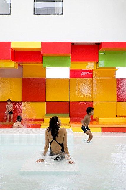 Wasserspiel-Kinder, Schwimmbad Les Bains Des Docks Aquatic Center
