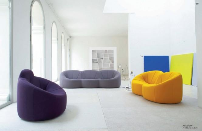 Große gemütliche Sofas weiß farbig Zuhause
