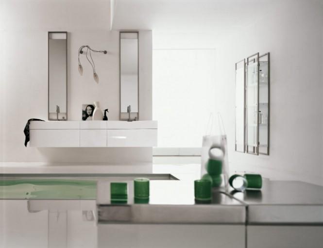 grün-weiße Badezimmer
