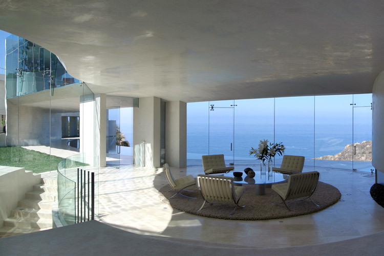 House With Insane Sea View