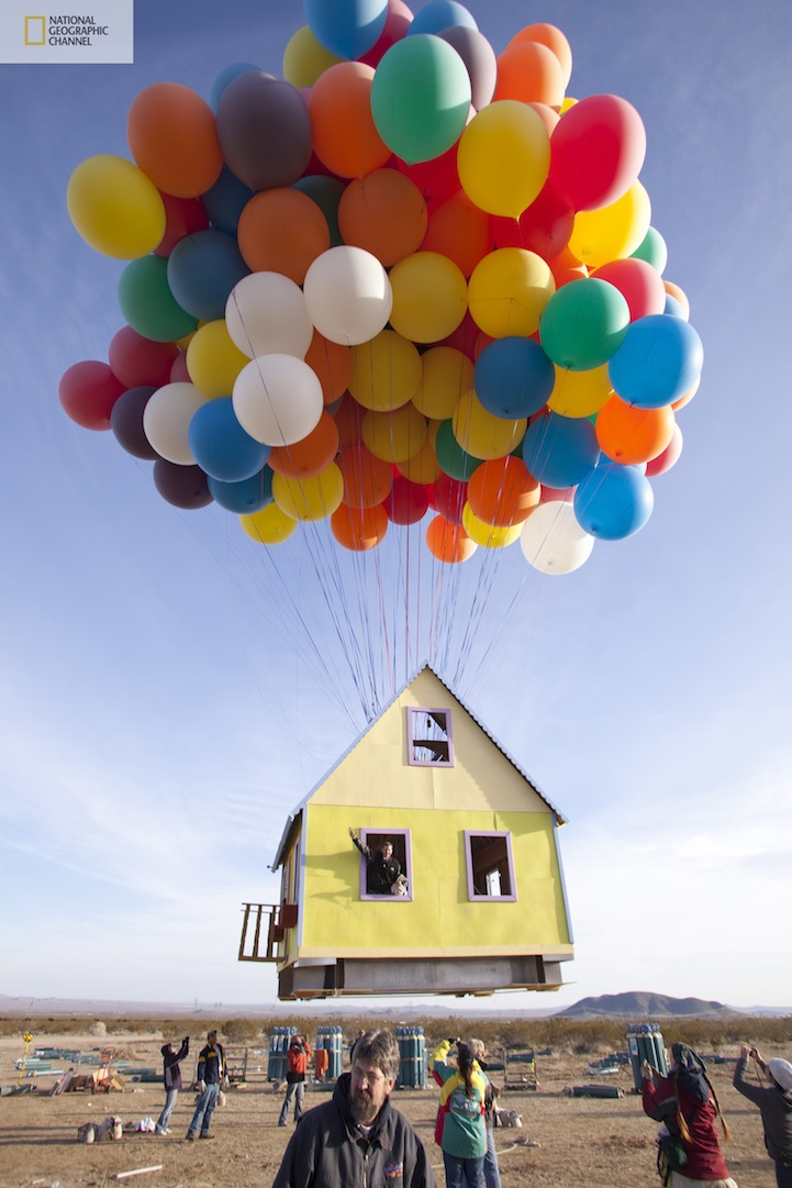 Unbelievable  Pixar   s Up Movie House Re-created in Real LifeUp The Movie Balloons