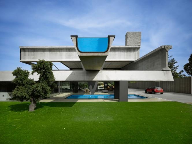 Fertighaus-Haus-mit-pool