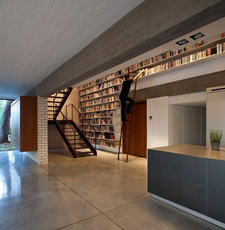 Ultra Cool Fun Creative Interior Design: Bookshelf Fantasy