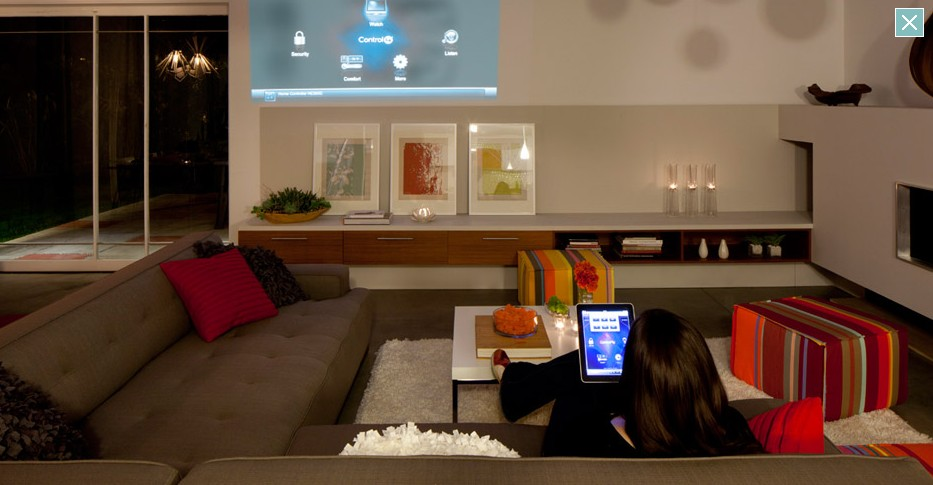 beautiful high tech home. Black Bedroom Furniture Sets. Home Design Ideas