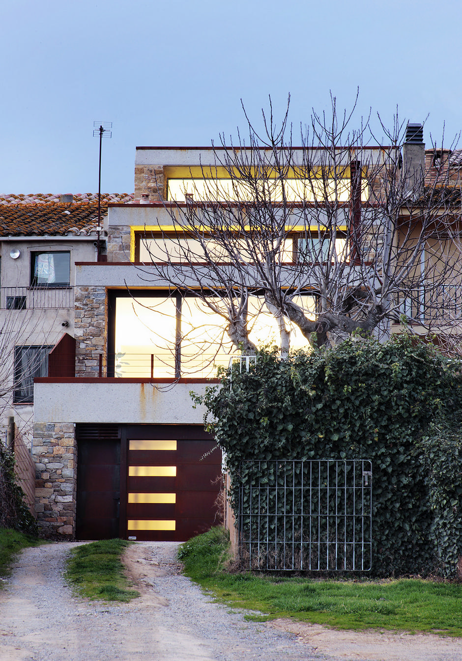 Are House: Step House: Fabulous Minimalism
