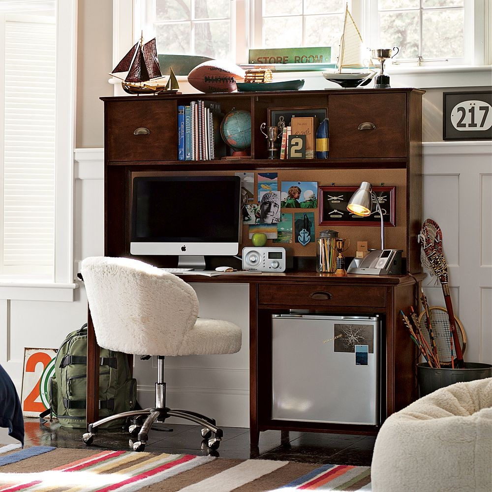 Bedroom Desk Study Table: Study Space Inspiration For Teens