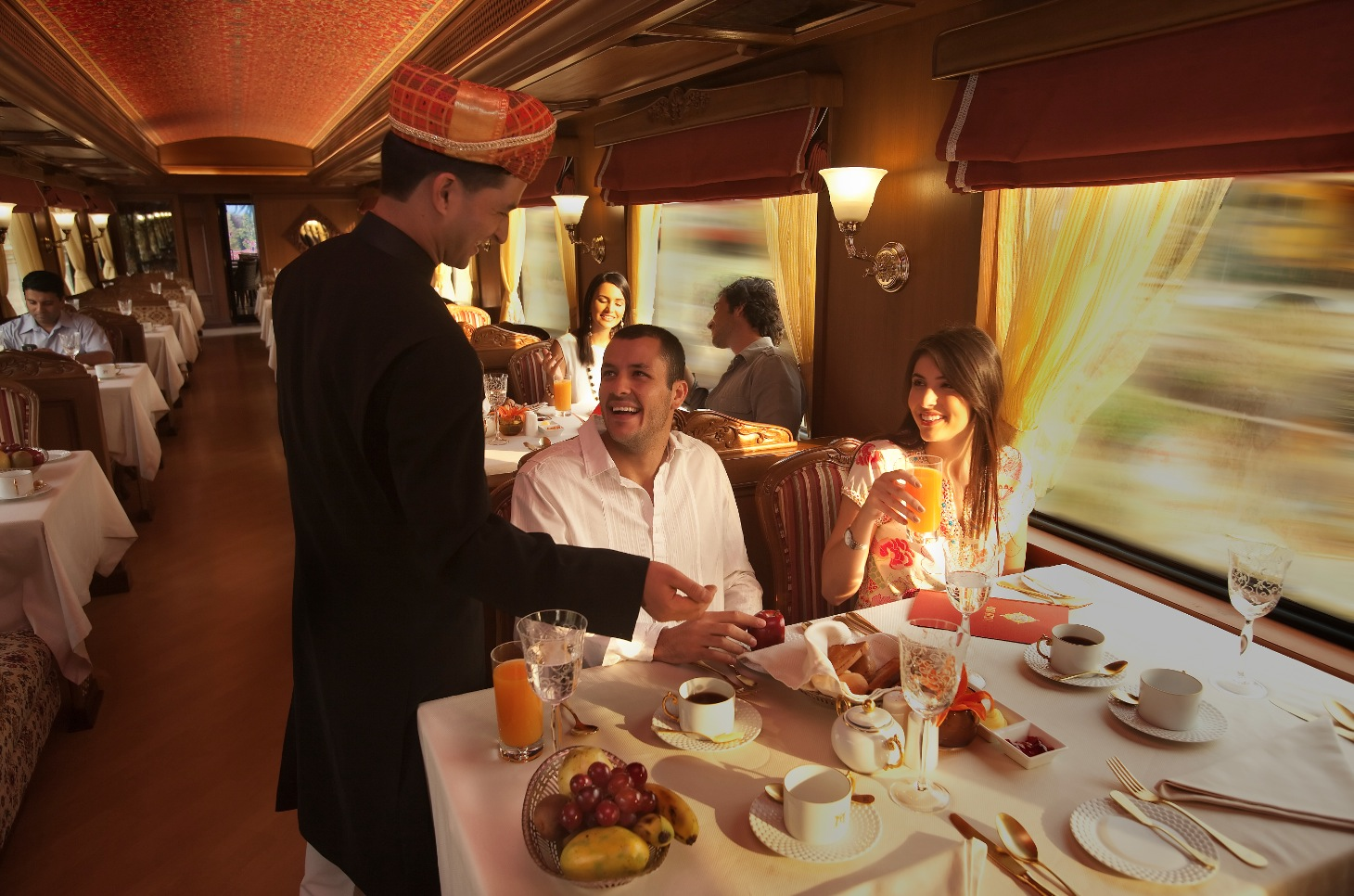 Maharaja Express Breakfast Interior Design Ideas