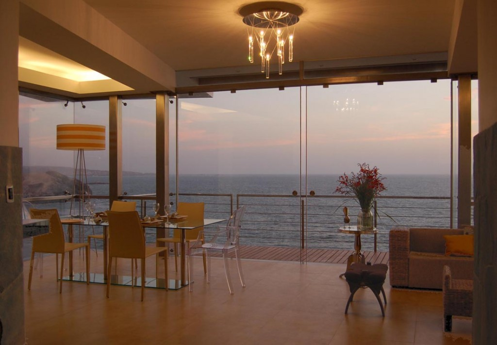 Lefevre house an imposing abode overlooking the ocean - House with a view ...