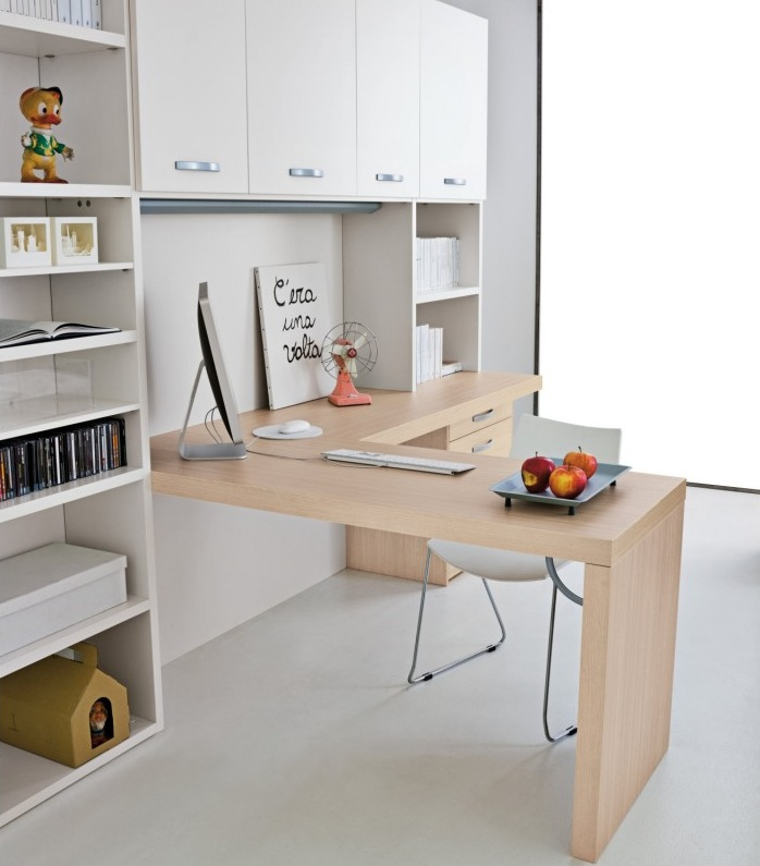 Home Desk Design Ideas: Kids' Desks