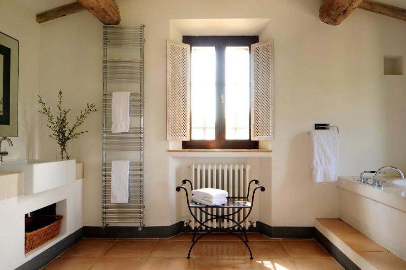 col delle noci italian villa. Black Bedroom Furniture Sets. Home Design Ideas