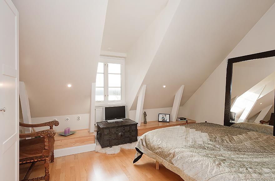 white room attic ideas - neutral white attic bedroom
