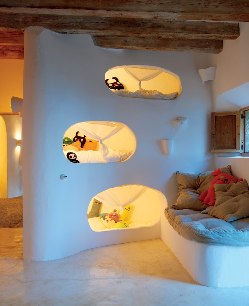 Awesome Beds: Cool Beds To Climb