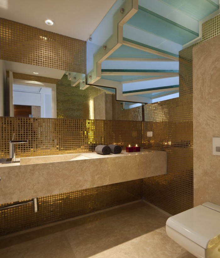 Metallic bathroom mosaic tile